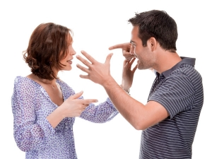 10 Signs Indicating That Your Husband No Longer Loves You