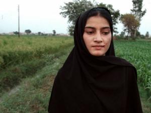 A Girl The River Oscar Win Pakistan End Honour Killings