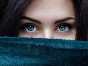 Ten Anti Ageing Eye Masks You Can Easily Make At Home