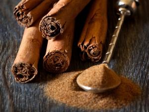 Uses Cinnamon As Medicine Kids