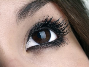 How To Maintain Your Falsies
