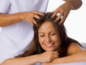 Best Oil Concoctions For Your Hair