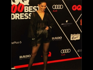 Deepika S Bold Black Attire Proves That She Doesn T Always Play Safe