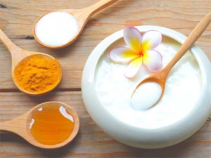 Easy Diy Curd And Honey Face Pack For Glowing Skin