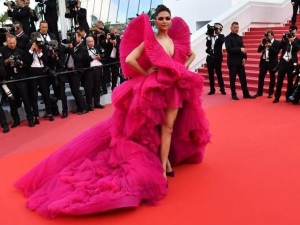 Cannes 2018 Deepika Amazes As The Winged Angel