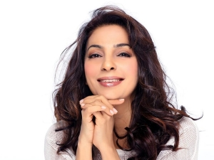 Juhi Chawla Stylishly Wished Her Followers Eid Mubarak This