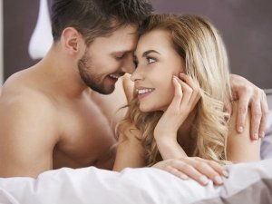 Habits That Happy Couples Should Avoid At Costs