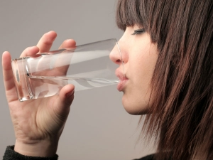 Does Increasing Water Intake Aid Weight Loss