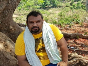 Kathi Mahesh Externed From Hyderabad For Six Months