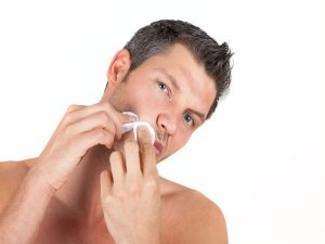 Home Remedies To Treat Ingrown Facial Hair In Men
