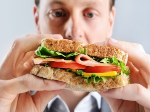 Loneliness Eating Alone Health Risk