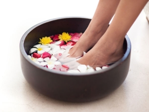 Step By Step Guide For Doing Foot Spa At Home