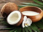 Boiled Coconut Milk And Castor Oil For Dandruff Treatment