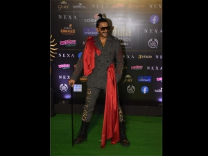Ranveer Singh S Quirky Look At Iifa Awards