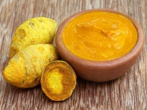 Potato And Turmeric Face Packs For Dark Spots