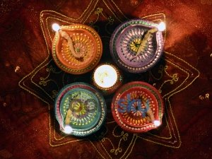 Diwali 2019 Colourful Diyas That You Can Use For Decorating Your Home