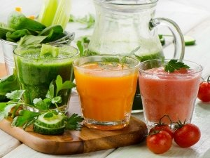 9 Healthy Drinks You Should Drink First Thing In The Morning
