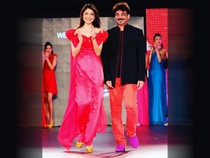 Anushka Sharma In Shock After Her Godfather Wendell Rodricks Dies