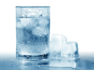 Reasons Why You Should Not Drink Chilled Water This Summer