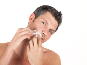 How To Get Rid Of Pimples On Lips