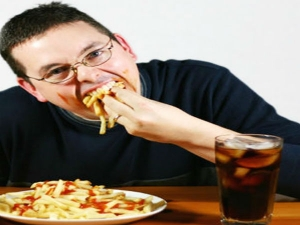 What Really Happens To Your Body When You Eat Fast