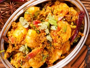Christmas Special Prawn Vindaloo Recipe In Telugu