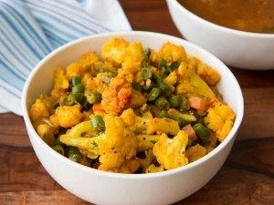 Chettinad Beans Cauliflower Fry Recipe In Telugu