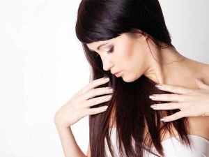 Seven Natural Ways To Get Thicker Hair