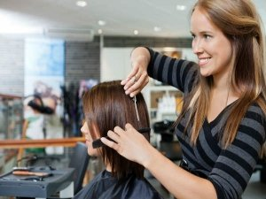 Do Not Cut Hair On These Days According To Astrology