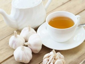 Garlic Tea To Manage Blood Sugar Levels