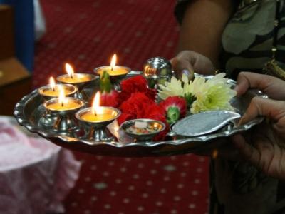 శ్రావణ శుక్రవారాల్లో లక్ష్మి దేవికి పూజలు చేస్తే తిరుగుండదు